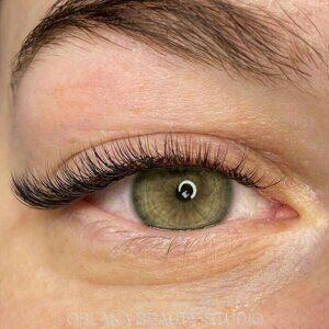 локоны ресниц для наращивания на которых глаза